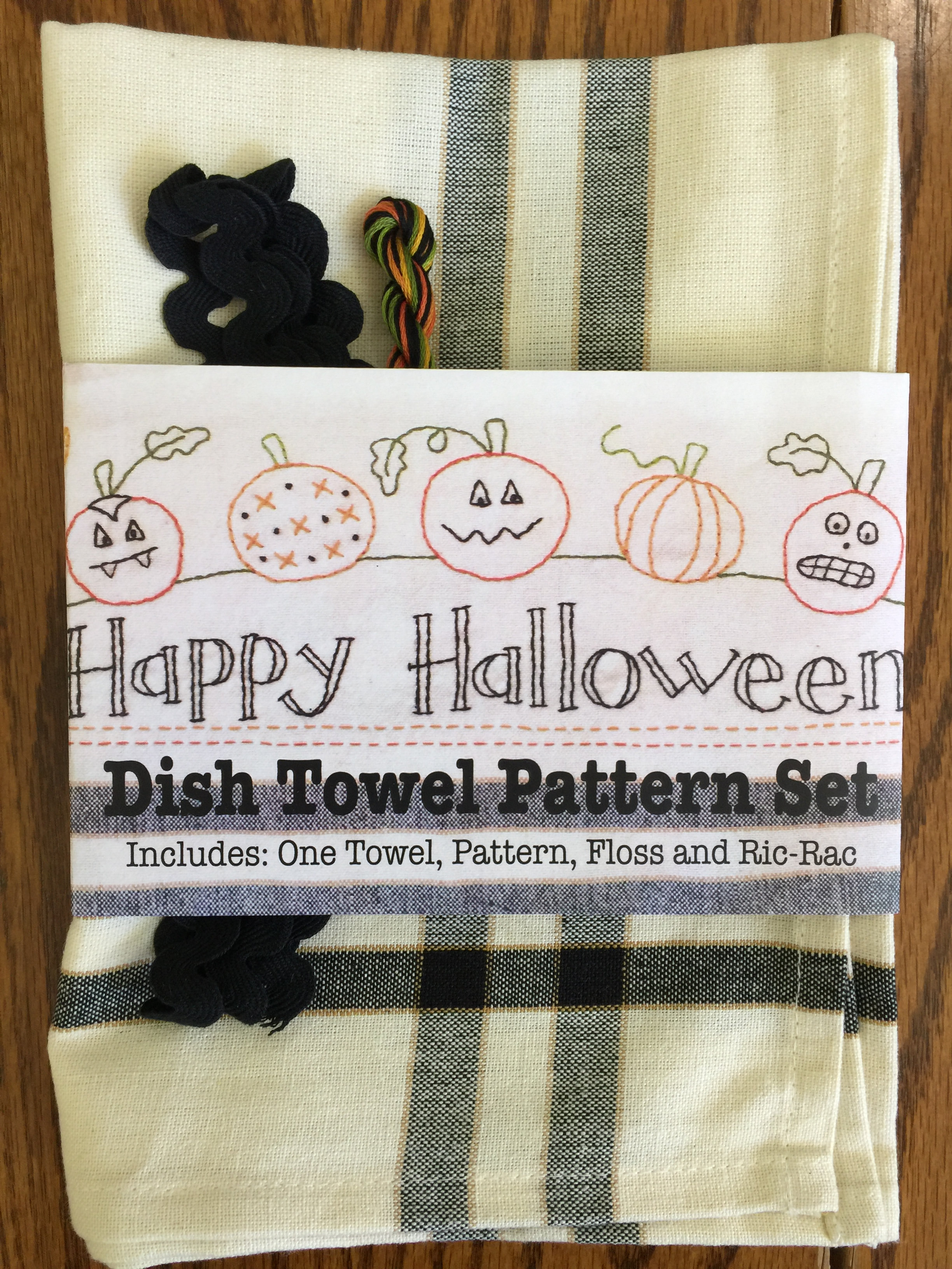 halloween embroidered dish towel set
